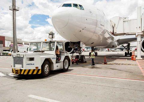 Empresas de ground handling vão trabalhar com um efetivo 7% maior durante o período de fim de ano e férias