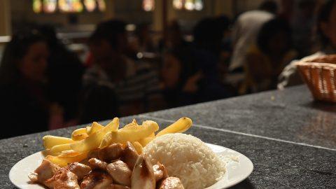 Restaurante Japa 25 tem menu executivo durante a semana; entrada, prato principal e sobremesa por R$ 39,00