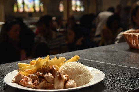 Mercado Municipal tem opção de almoço executivo no Restaurante Japa 25