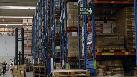 Black Friday faz armazéns da Yusen Logistics ficarem completamente lotados