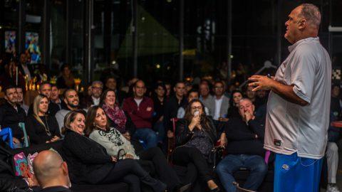 Porte Engenharia e Urbanismo inaugura novo Espaço Platina com palestra do ex-jogador de basquete Oscar Schmidt