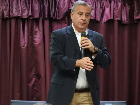 Comandante Miguel Dau ministra aula inaugural no Curso de Extensão em Serviços Aeroportuários em Guarulhos