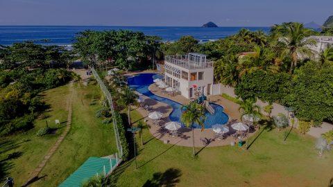Hotel na praia de Cambury é boa pedida para aproveitar o feriado de 15 de novembro