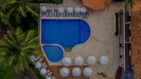 Pacotes para o feriado de Carnaval no Beach Hotel Cambury variam a partir de R$ 4.455 o casal