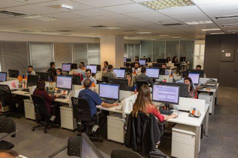 Hapag-Lloyd inaugura Quality Service Center em Santos e concentra atendimento ao cliente, operações e administrativo sob o mesmo teto