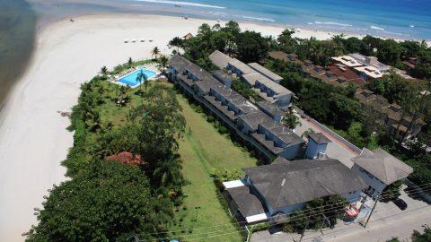 Hotel pé na areia na praia de Juqueí, em São Sebastião, tem pacotes para casais em fevereiro
