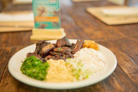 Restaurante Bananeira, no Morumbi, lança serviço de delivery para atender os clientes da região