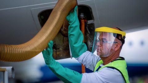 Empresas de serviços em solo do transporte aéreo fazem acordo com trabalhadores para manutenção de empregos