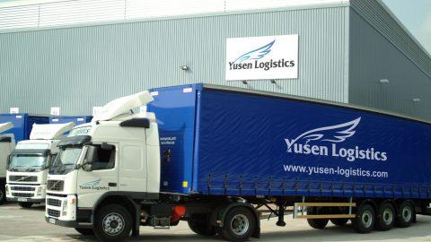 Yusen Logistic faz briefing diários com colaboradores e orienta motoristas na entrega ou retirada de produtos